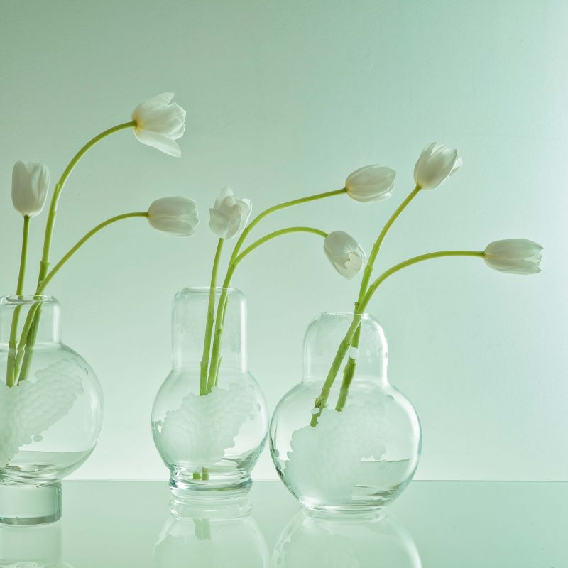 secondary image vase