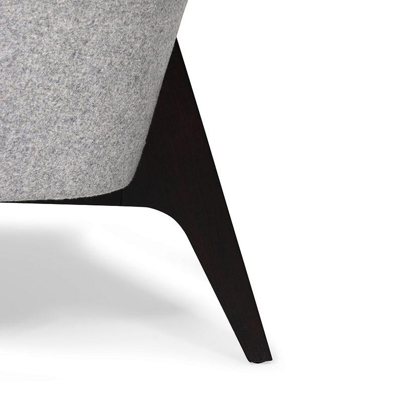 detail image oakley armchair